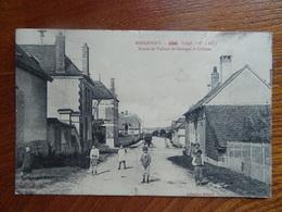 """Belle CPA Très Animée  """"MESGRIGNY - Route De Vallant-Saint-Georges à Châtres""""  MILLARD  Circulée En 1914 - France"""
