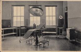 B&W - Hôpital Saint-Charles Hospital Saint-Hyacinthe Québec - Surgery Chirurgie Médecine - Salle D'opérations - 2 Scans - St. Hyacinthe