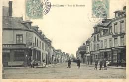 60 - GRANDVILLIERS - Rue De Beauvais Animée 1907 - Grandvilliers