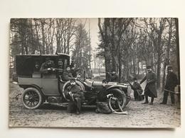 Foto AK Soldaten Francais Avec Voiture Uniform Militair Oldtimer Auto Vehicle Car - Equipment