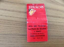 Pochette D'allumettes SEITA «ROYALE  / Le Pont De Soulles - COUTANCES (50)» - Matchboxes