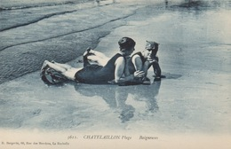 CPA 17 CHATELAILLON PLAGE  Baigneuses - Châtelaillon-Plage