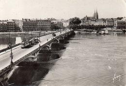 BAYONNE - L'Adour Et Le Pont St-Esprit - Yvon  1303 - écrite 1948 - Tbe - Le Nouveau Ancien Tram ! - Bayonne