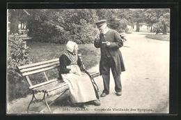 CPA Arras, Couple De Vieillards Des Hospices - Arras