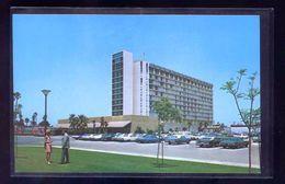 Anaheim. *The Grand Hotel* Nueva. - Anaheim