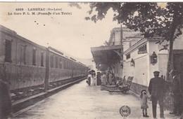 43. LANGEAC. CPA.  LA GARE P.L.M.  PASSAGE D'UN TRAIN. ANIMATION + TEXTE  ANNEE 1921 - Langeac