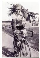 CPM 18 Cyclisme - Jean GRACZYK 1933-2004 ( Tirage Limité) BOURGES SNCB - Cyclisme