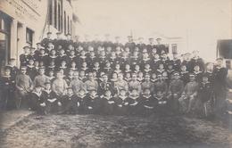 CARTE PHOTO ALLEMANDE - GUERRE 14-18 - GROUPE DE MARINS ALLEMANDS - War 1914-18