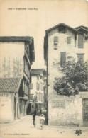 64 - CIBOURE - Une Rue - Pub Chocolat Menier - Ciboure