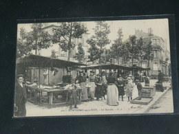 MONTREUIL SOUS BOIS     / 1910 /   VUE  RUE ANIMEE  LE MARCHE AUX PUCES  ....   / CIRC /  EDITION - Montreuil