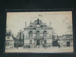 MONTREUIL SOUS BOIS     / 1910 /   VUE  RUE ANIMEE  + MAIRIE   ....   / CIRC /  EDITION - Montreuil