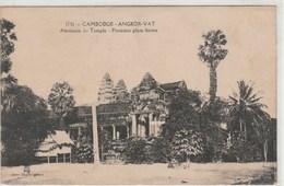 Cambodge - Angkor-Vat Alentour Du Temple - Première Plate-forme - Cambodge