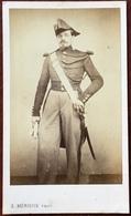 CDV Militaire Circa 1870. Un Gendarme. Militaria. Soldat. Photographe Mérieux à Paris. - Antiche (ante 1900)