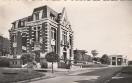 Labuissière Hôtel De Ville Et Bureau Des Postes - Frankreich