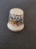 Dé à Coudre De Collection En Porcelaine - LA BERNERIE - LE PORT DE PECHE - Thimbles