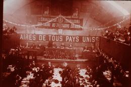 Photo Diapo Diapositive Slide FRANCE Entre 2 Guerres N°3 SFIO 18ème Congrès De Tours Salle Du Manège Le 27/12/1920 - Diapositives (slides)