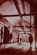 Photo Diapo Diapositive Slide FRANCE Entre 2 Guerres N°12 La Ligne Maginot Galerie De Cellules à Munitions VOIR ZOOM - Diapositives (slides)