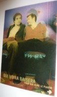 Carte Postale Lenticulaire - Le Sida On En Meurt Encore (2 Hommes Sur Une Banquette) Qui Vivra Baisera - Santé