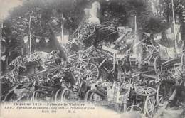 ** Lot De 2 Cartes ** EVENEMENT ( Militaria ) FETES De La VICTOIRE (14/07/1919) Pyramide De Canons - CPA - Evénements