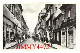 CPSM - Rue De La Barrière, Bien Animée - ELBEUF 76 Seine Maritime - Edit. G. ARTAUD N° 21  - Scans Recto-Verso - Elbeuf
