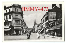 CPSM - Place Du Calvaire Et Rue Du Neubourg Bien Animée - ELBEUF 76 Seine Maritime - Edit. ARTAUD N° 22 - Recto-Verso - Elbeuf
