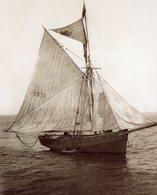 Bateau   Vers 1900 Sur Les Cotes Normande - Barche