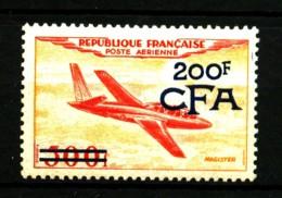 REUNION - PA  54 - 200F Sur 500F Fouga-Magister Surchargé CFA - Neuf N* - Très Beau - Réunion (1852-1975)