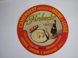 Etiquette De Fromage FINBECK Camembert Fabriqué En MAINE Et LOIRE 45% - Cheese
