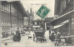 CPA Tours Les Halles - Tours