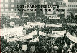 012 - POLITIQUE - GREVES -  CGT PAR NOTRE LUTTE LONGWY SIDERURGIE VIVRA 19.12.78 - Gewerkschaften