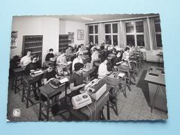 Kon. Instituut Voor DOVE En BLINDE Meisjes - Dactyloklas > Bxl 18 ( Thill ) Anno 1974 ( Zie / Voir Photo ) ! - Onderwijs, Scholen En Universiteiten