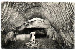 Troo (L.-et-Ch.) - La Grotte Pétrifiante - France