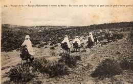 FEZ-  604   1 - Voyage De La 1ère équipe D'infirmières à Travers Le Maroc. CROIX ROUGE. - Fez (Fès)