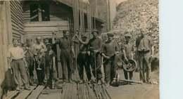 #230619 - RARE CARTE PHOTO - 69 COURZIEU LA GIRAUDIERE BRUSSIEU Mines De Charbon - Mineur Concasseur - Other Municipalities