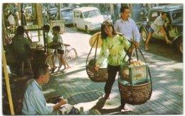 Sidewalk Vendor - Saigon - Viêt-Nam