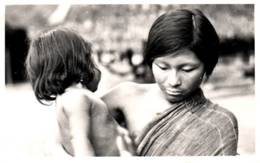 Carte-Photo - Jeune Femme Avec Enfant ( écrite De KOUROU) - Guyane
