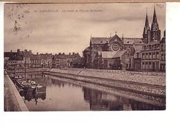 Dunkerque Le Canal Et L'église St Martin ( Passrelle , Péniche - Dunkerque