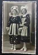 CPA 29 BANNALEC - RARE - Carte Photo - Deux Jeunes Filles - Photographe Thersiquel -  Réf. X 179 - Bannalec