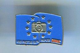 Pin's - Drapeau Kodak Europe - Photographie