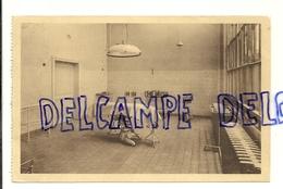 Bruxelles. Hôpital Militaire. Une Salle D'Opération. P.I.B. - Santé