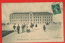 17-1507 - CHARENTE MARITIME - MARENNES -   La Corvée De Quartier à La Caserne - Marennes