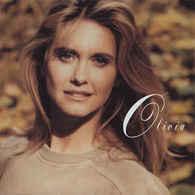 Olivia Newton-John- Back To Basics/the Essential - Other - English Music