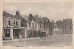 44 - PORNICHET - Le Bas De La Place Du Marché, Au Vieux-Pornichet - Primeurs L. Robert - Café De Paris - Pornichet