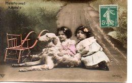 Vraie Photo Colorisée Et Glacée : Petites Filles Au Lévrier Barzoï - Groupes D'enfants & Familles