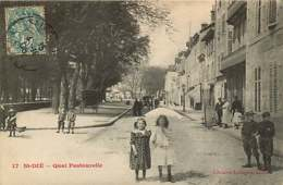 #230619B - 88 ST DIE Quai Pastourelle - Fillette Ombrelle - Saint Die