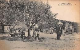 CPA LE LAVANDOU - Le Bazar Ambulant - Le Lavandou