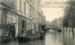 49   ANGERS INONDATIONS  1910  PLACE NEY VERS LA RUE BOREAU - Angers