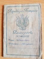 PASSEPORT Français Numero 20255 Delivre Le 24/09/1947 - Vieux Papiers