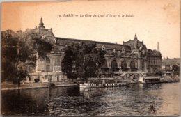 France Paris La Gare Du Quai D'Orsay Et Le Palais - France