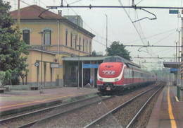 589 Treno Ex DB BR 601 Già VT 11,5 Località Milano, Greco Pirelli Trein Railweys Treni Steam Chemin De Fer - Gares - Avec Trains